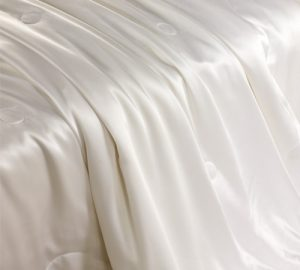 500_silk_comforter_with_silk_shell_01