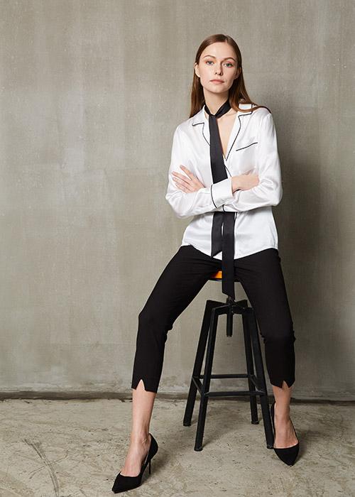 woman shirts & Versatile Silk Ribbon