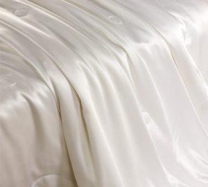 500_silk_comforter_with_silk_shell_01